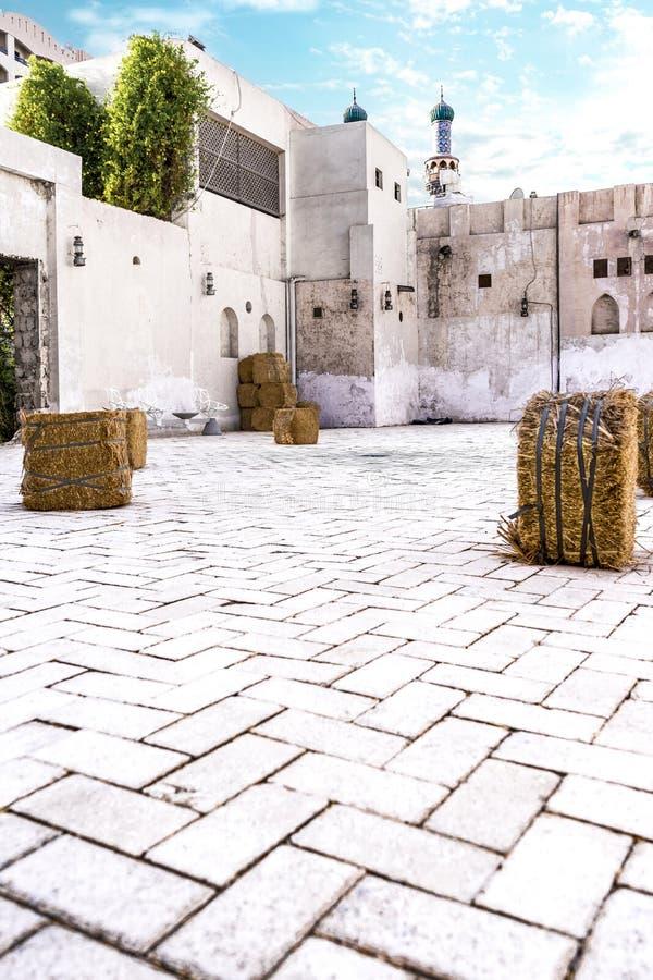 Vecchia architettura araba tradizionale, abitante con il quadrato immagini stock libere da diritti