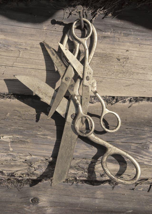 Vecchia attaccatura arrugginita di forbici fotografie stock libere da diritti