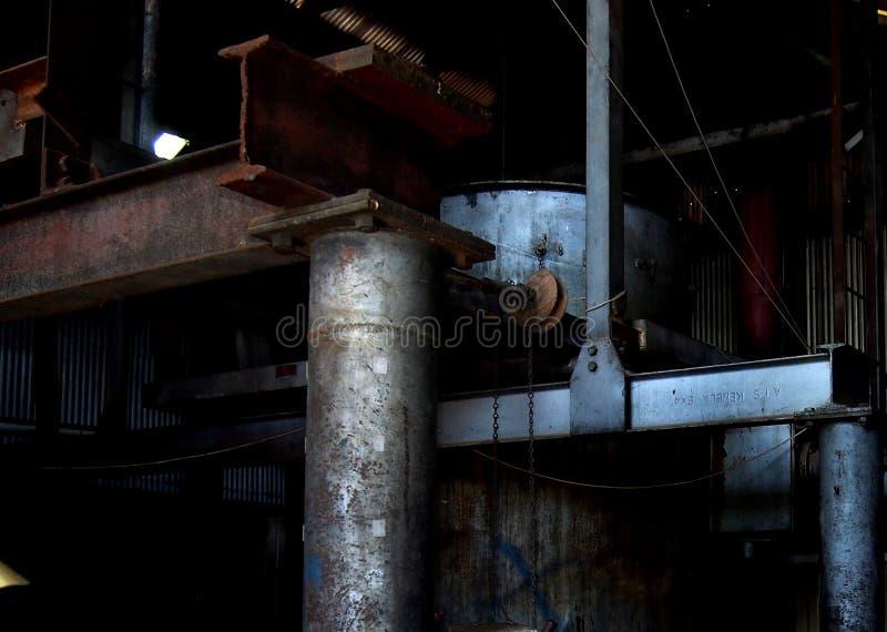 Vecchia attrezzatura industriale della centrale elettrica fotografia stock libera da diritti