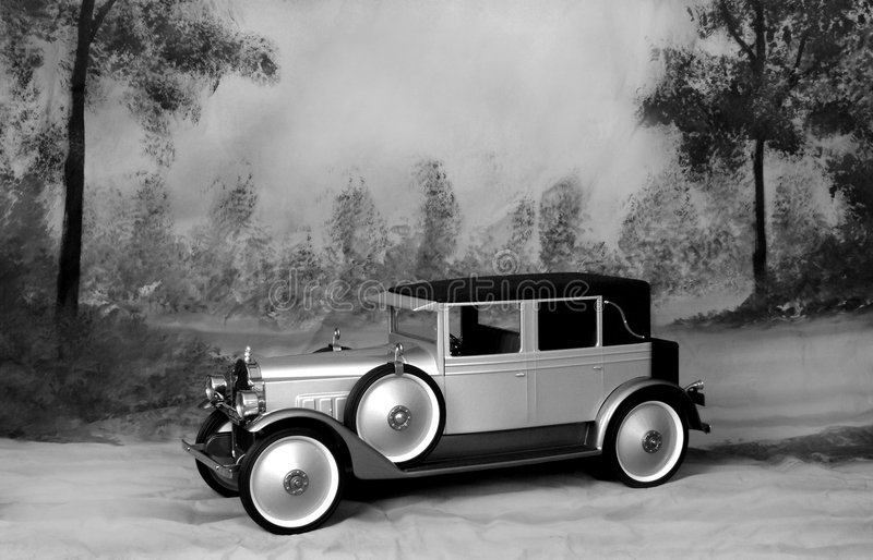 Vecchia automobile fotografie stock libere da diritti