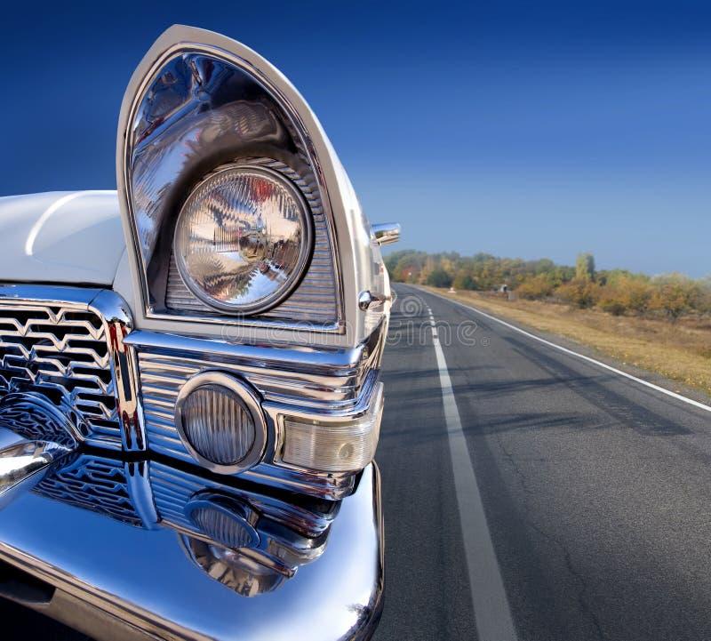 Vecchia automobile dell'annata immagini stock