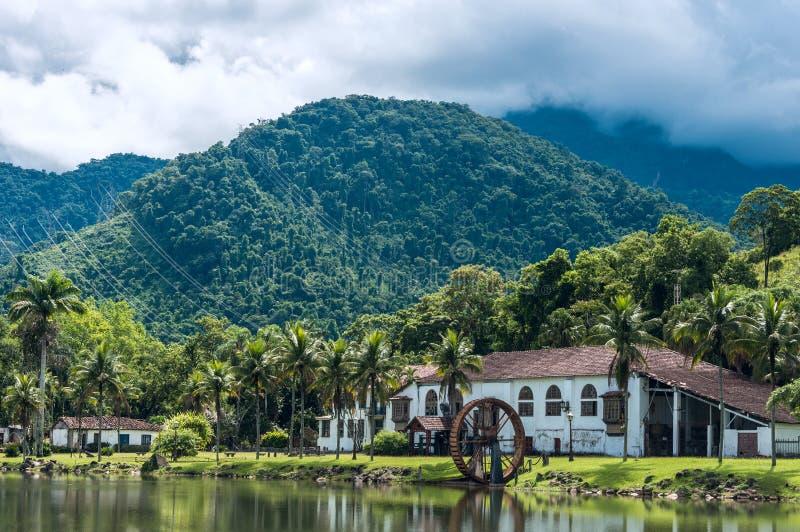 Vecchia azienda agricola della campagna nello stato Rio de Janeiro fotografie stock libere da diritti