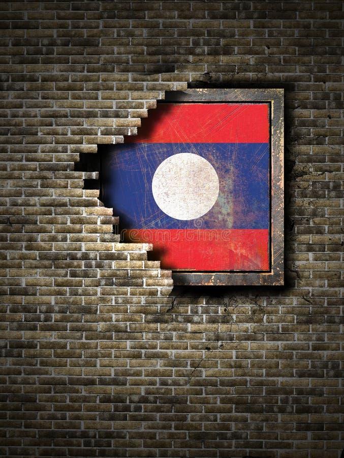 Vecchia bandiera del Laos in muro di mattoni illustrazione di stock