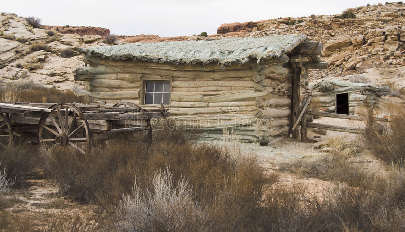 Vecchia cabina del deserto immagini stock libere da diritti