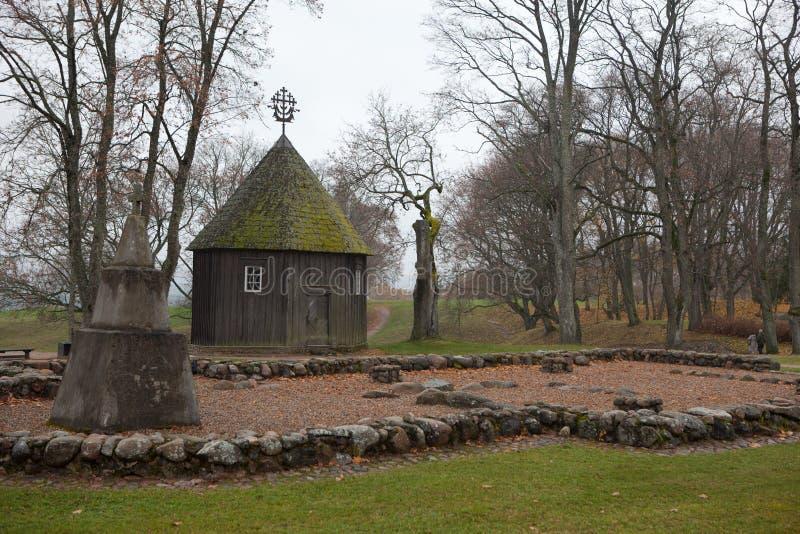 Vecchia cappella in Kernave immagine stock libera da diritti