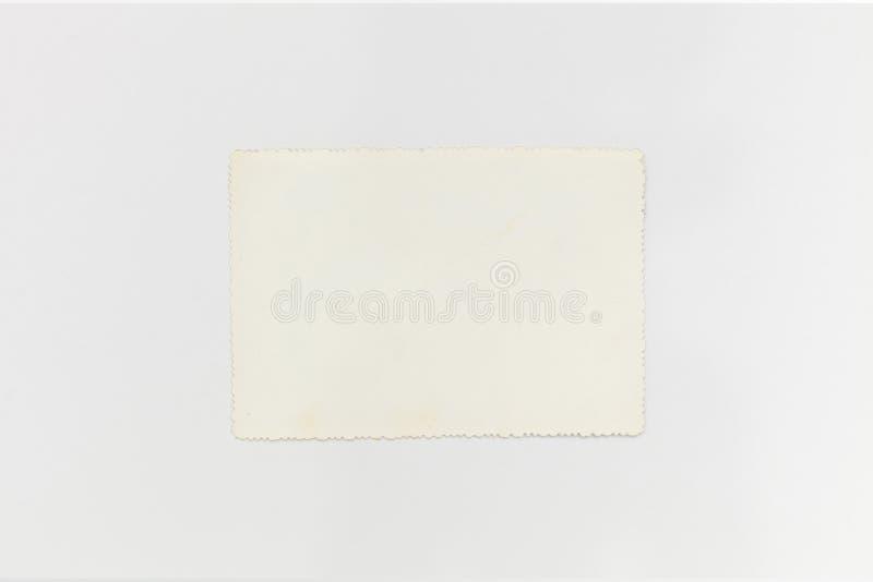 Vecchia, carta d'annata e retro isolata su fondo bianco immagine stock libera da diritti