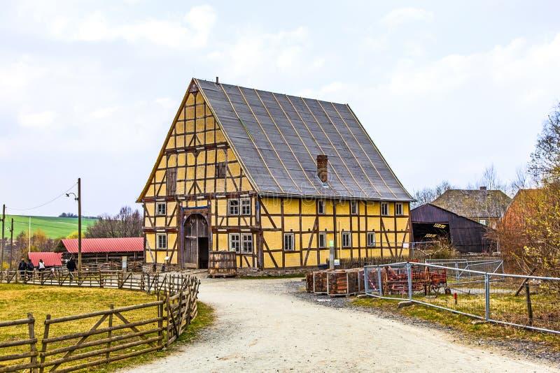 Vecchia casa dell'azienda agricola fotografie stock