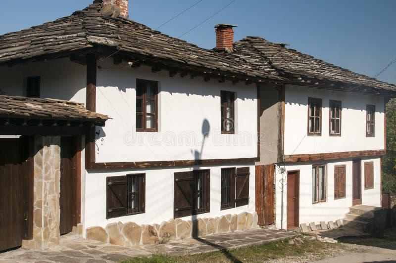 Vecchia casa di campagna rurale fotografia stock