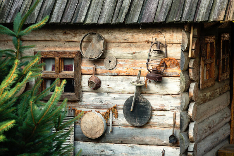 Vecchia casa di legno fotografie stock