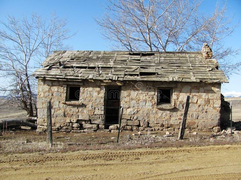 Vecchia casa di pietra immagini stock libere da diritti