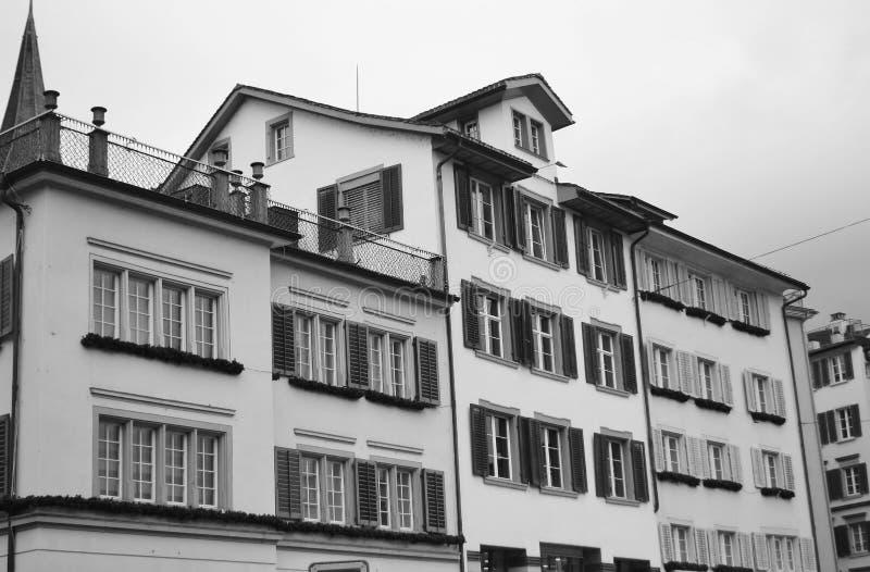 Vecchia casa nel centro di Zurigo fotografia stock