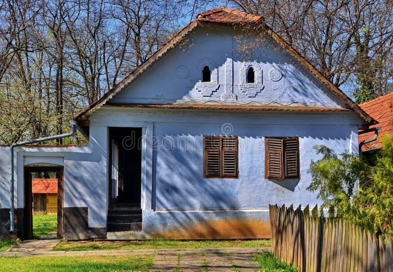 Vecchia casa tradizionale immagini stock