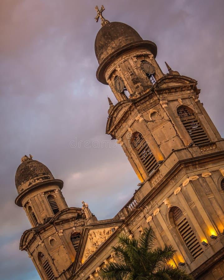 Vecchia cattedrale di Managua nel centro della città fotografie stock