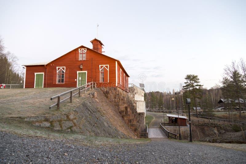 Vecchia centrale elettrica in Svezia fotografie stock