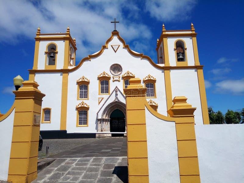 Vecchia chiesa all'isola di Terceira, Azzorre, Portogallo immagini stock libere da diritti