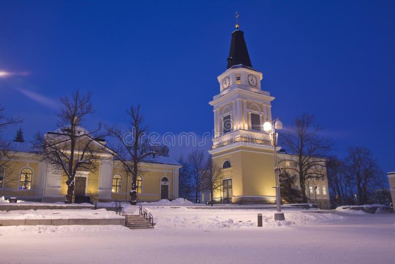 Vecchia chiesa alla notte fotografia stock libera da diritti