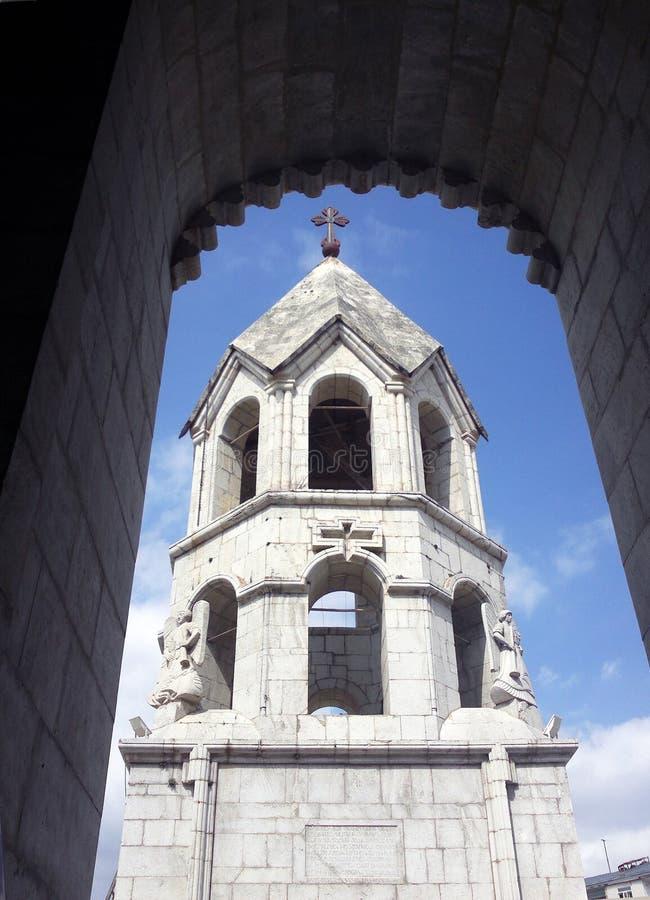 Vecchia chiesa dell'Armenia Kazanchetsots in Stepanakert immagini stock libere da diritti