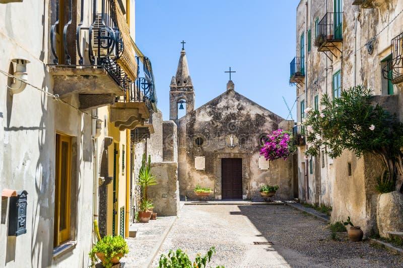 Vecchia chiesa della città di Lipari immagine stock libera da diritti