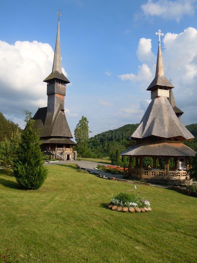 Vecchia chiesa di legno in Maramures immagine stock libera da diritti