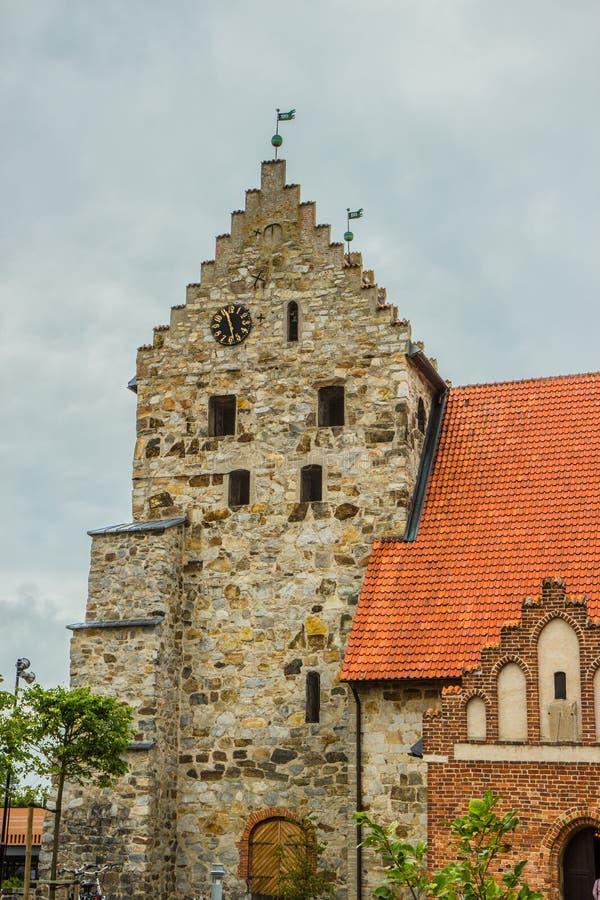 Vecchia chiesa di pietra in Simrishamn, Svezia fotografie stock libere da diritti