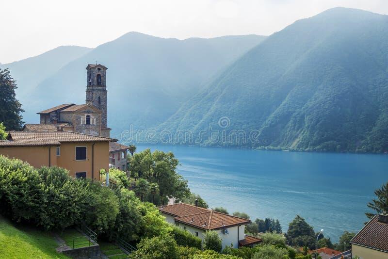 Vecchia chiesa a Lugano immagine stock