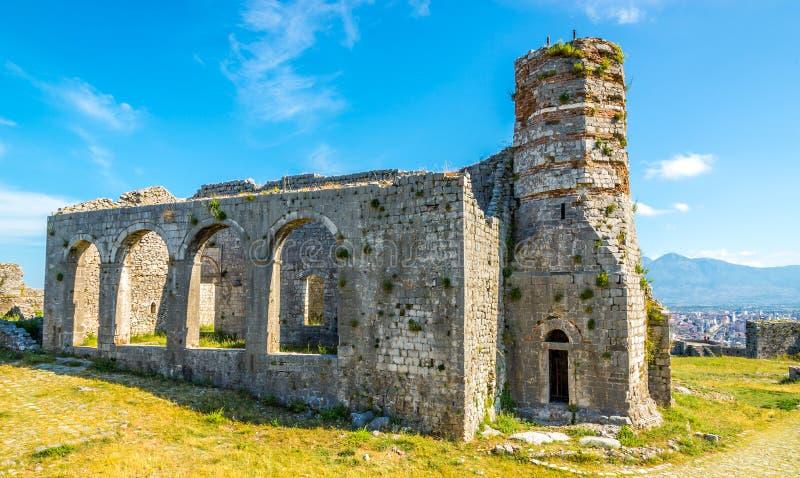 Vecchia chiesa in rovine del castello di Rozafa fotografia stock