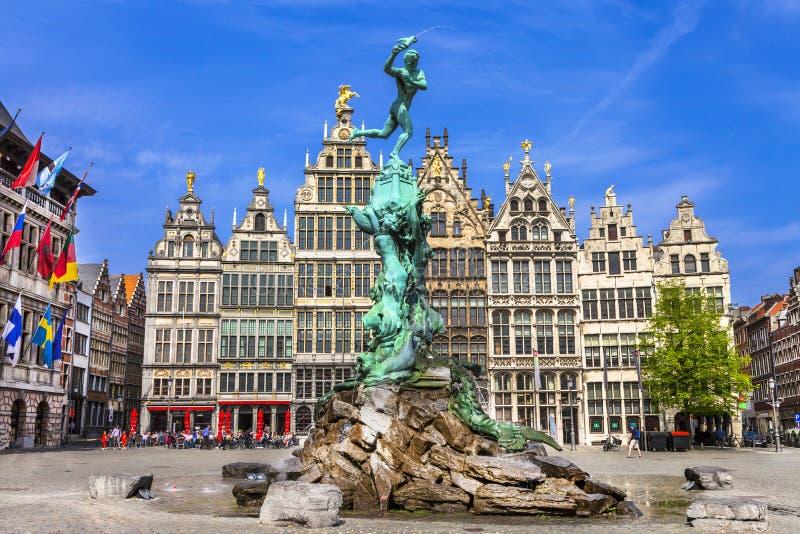 Vecchia città di Antwerpen belgium fotografia stock