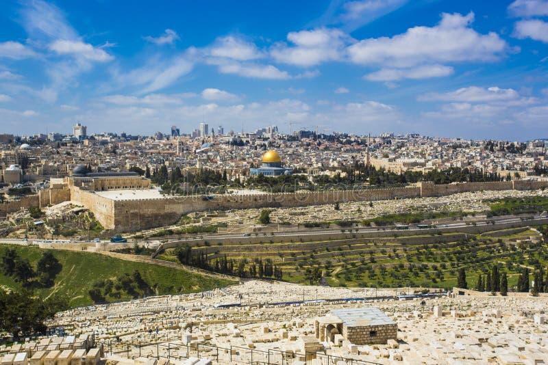 Vecchia città di Gerusalemme dal monte degli Ulivi immagini stock libere da diritti
