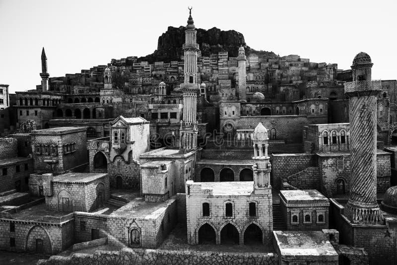 Vecchia città di modello rappresentativa delle case e del castello della roccia di Mardin fotografia stock