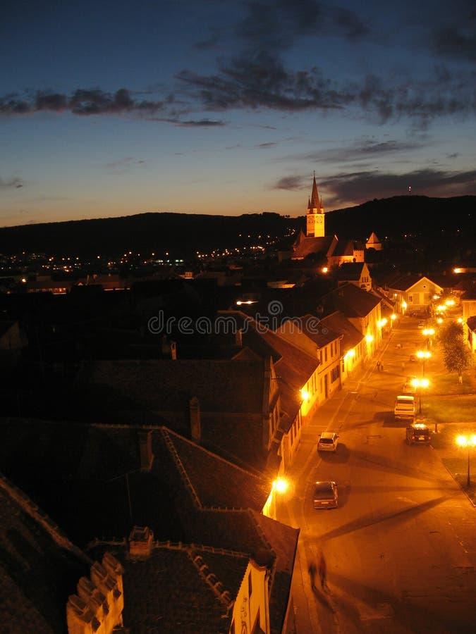 Vecchia città di notte fotografie stock libere da diritti