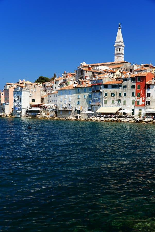 Vecchia città di Rovigno sulla penisola di Istrian, Croazia fotografia stock libera da diritti