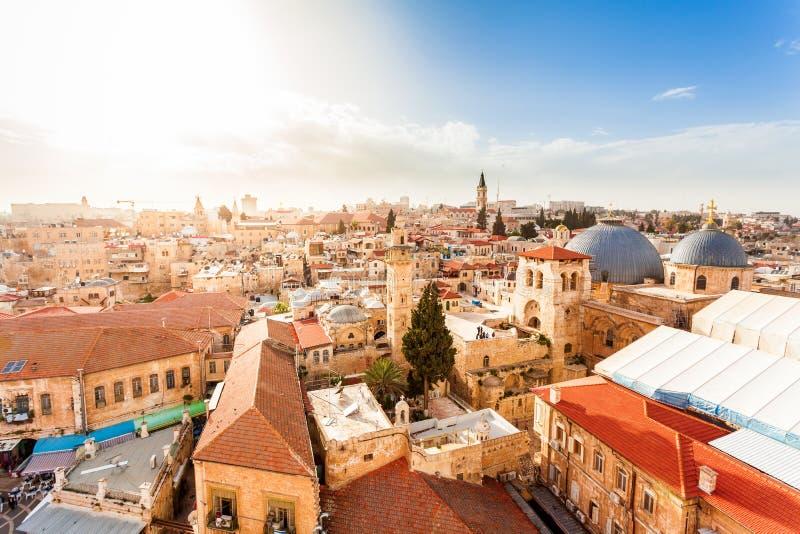 Vecchia città Gerusalemme da sopra Chiesa del sepolcro santo fotografia stock libera da diritti