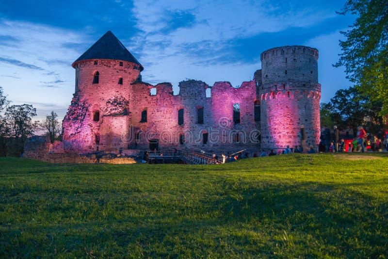 Vecchia città, città, parco del castello in Cesis, Lettonia 2014 fotografie stock libere da diritti