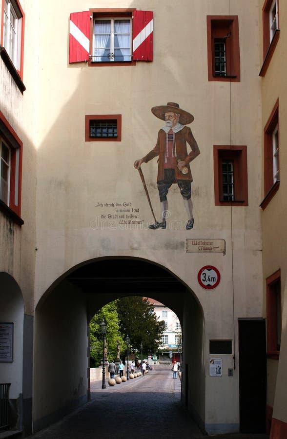 Vecchia città-parete verniciata in Germania fotografie stock