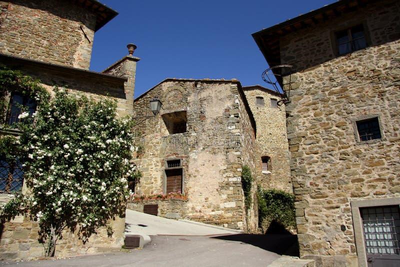 Vecchia città in Volpaia (Toscana, Italia) immagini stock libere da diritti