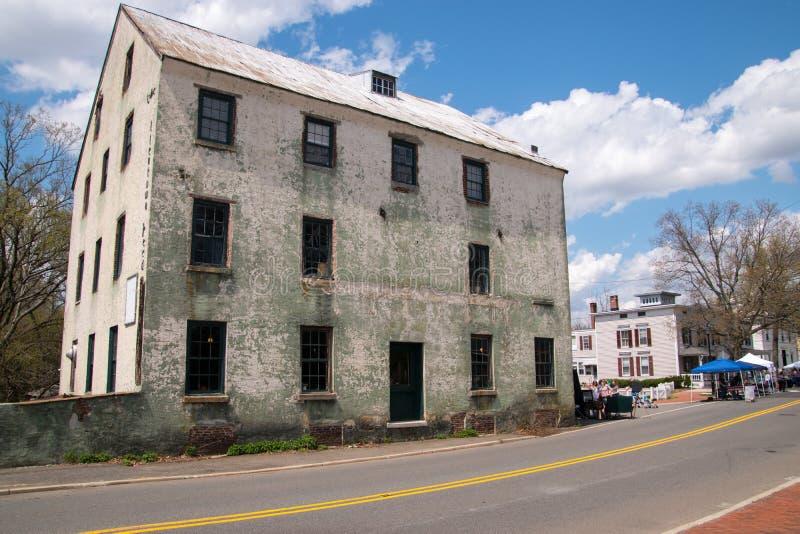Vecchia costruzione del mulino in Allentown, New Jersey immagini stock libere da diritti