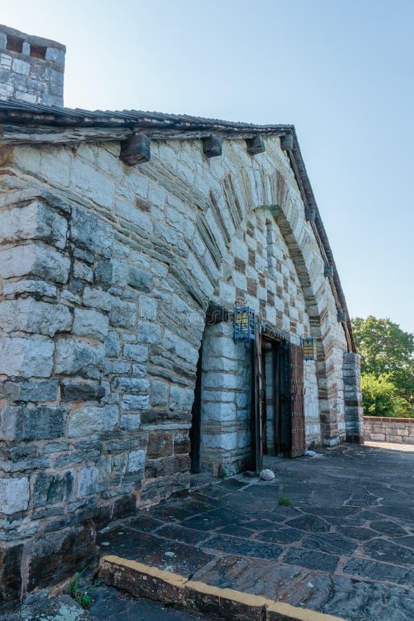Vecchia costruzione di pietra fotografia stock libera da diritti