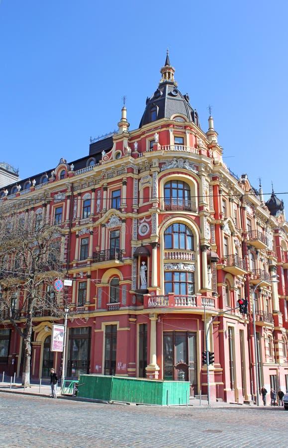 Vecchia costruzione nello stile di neo-rinascita in Kyiv La rinascita Kyiv, Kyiv, Ucraina dell'hotel fotografia stock
