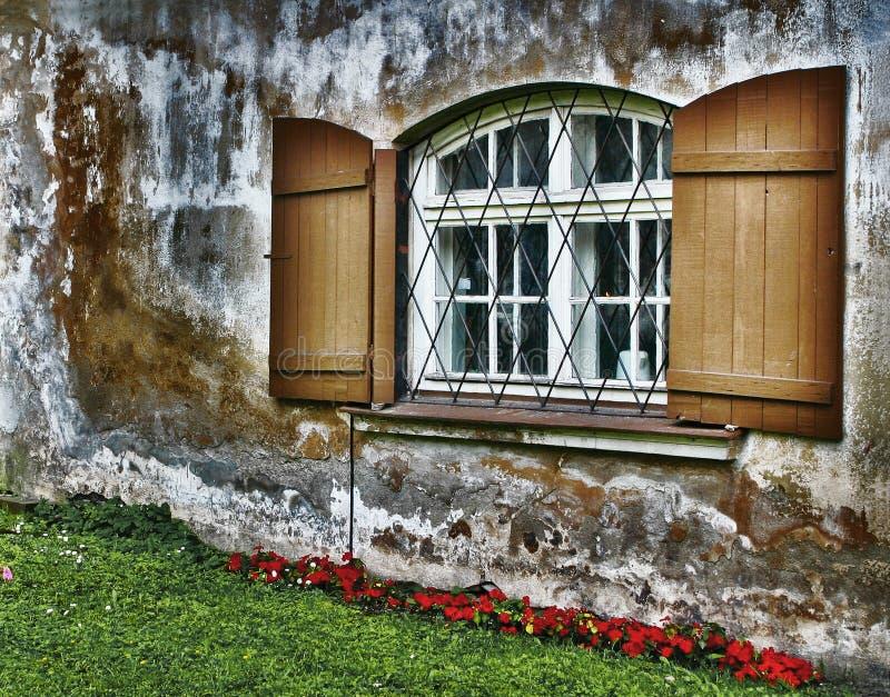 Vecchia finestra fotografie stock