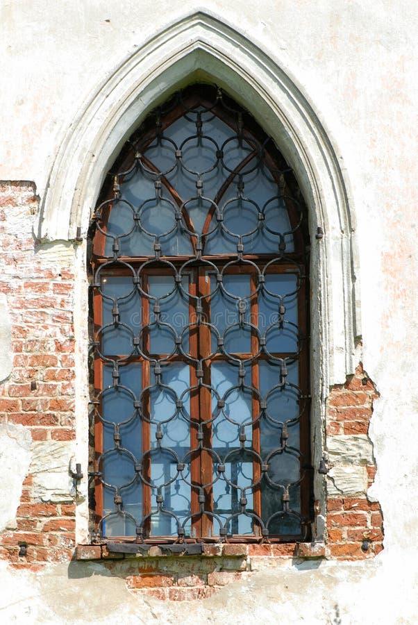 Vecchia finestra immagine stock immagine di vecchio for Finestra vecchia