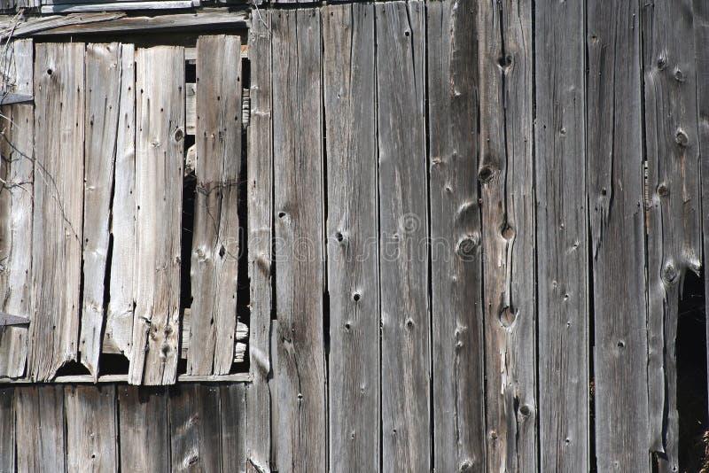 Vecchia finestra del granaio fotografia stock