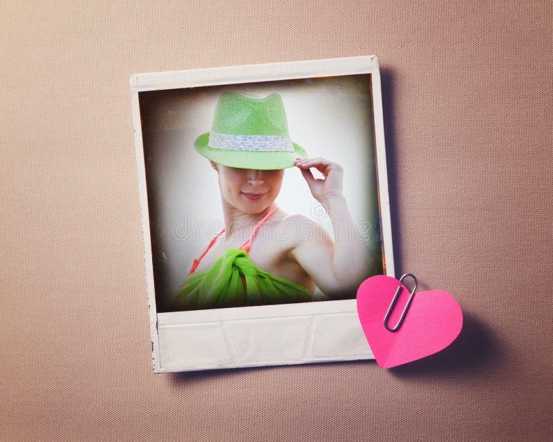 Vecchia foto di bella donna nel retro stile fotografia stock libera da diritti