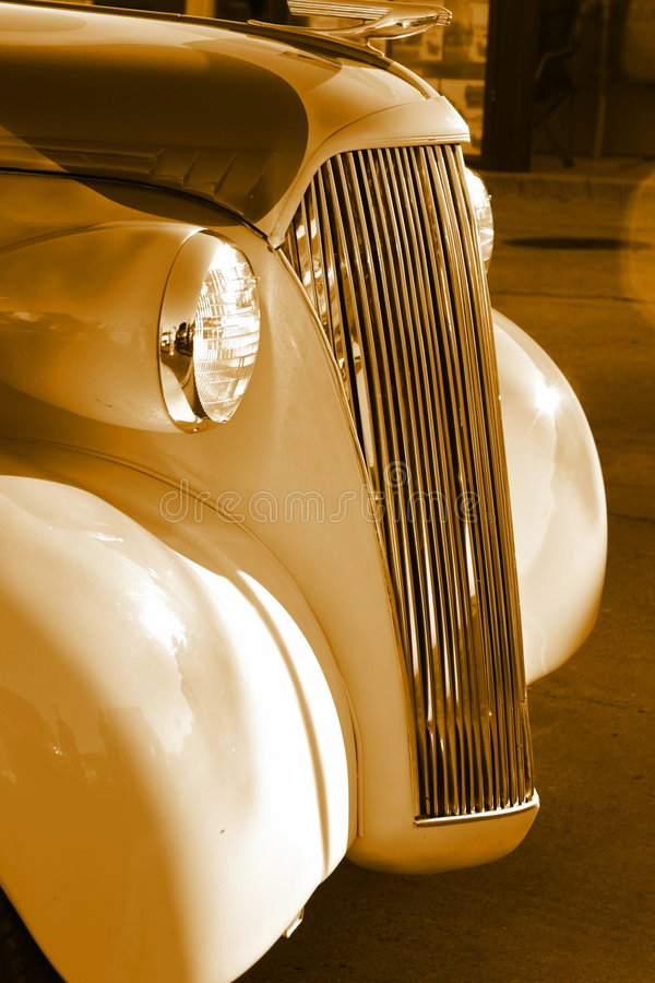 vecchia griglia dell'oggetto d'antiquariato dell'automobile fotografia stock