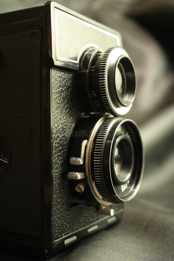 Vecchia macchina fotografica reflex fotografia stock libera da diritti