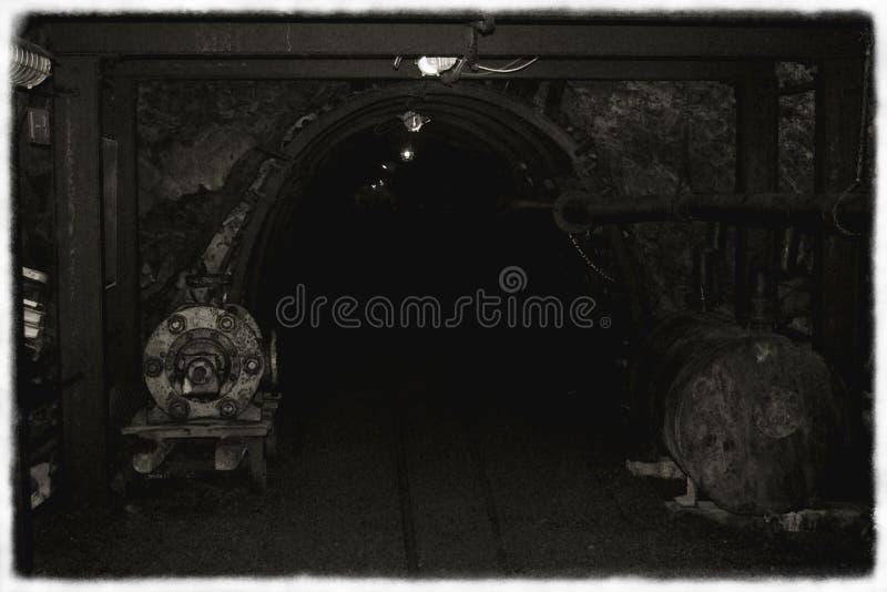 Vecchia miniera in bianco e nero immagine stock libera da diritti