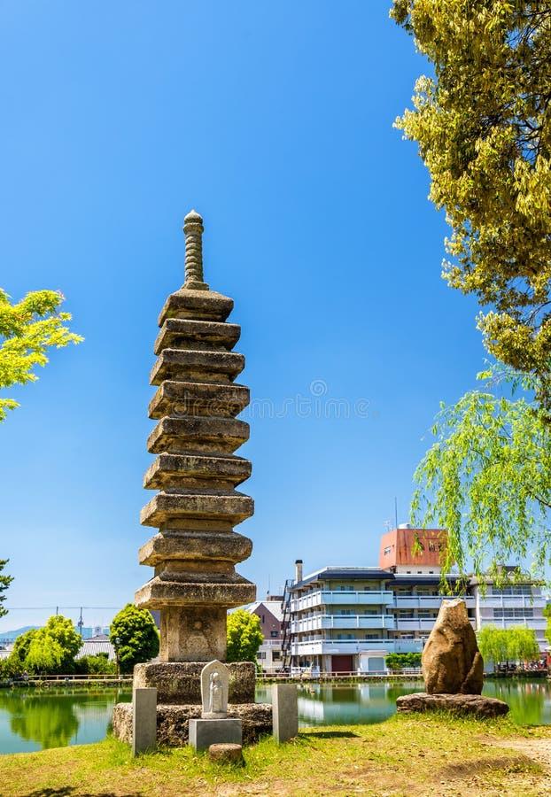 Vecchia pagoda di pietra a Nara fotografie stock libere da diritti
