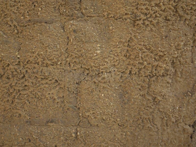 Vecchia parete erosa dell'adobe fotografie stock