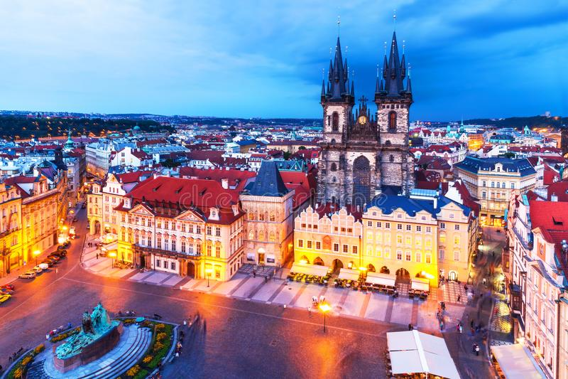 Vecchia piazza a Praga, Repubblica ceca immagine stock libera da diritti