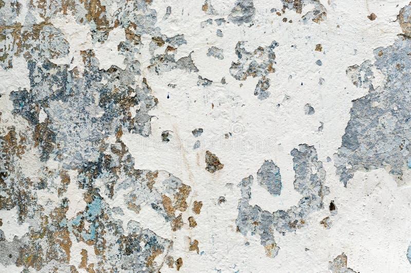 Vecchia pittura bianca con i punti della ruggine immagini stock libere da diritti