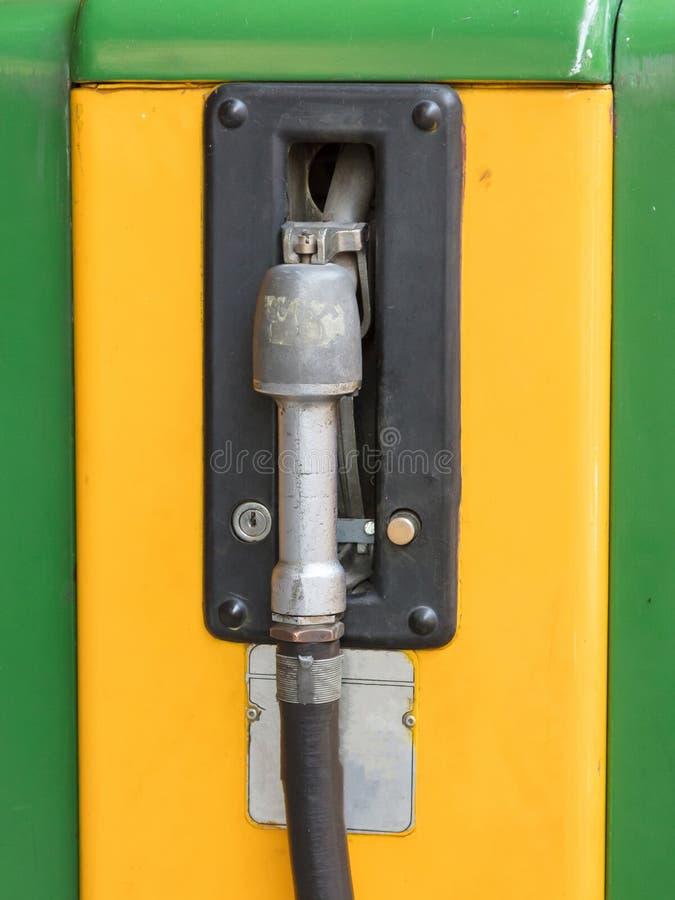 Vecchia pompa di benzina di Intage fotografia stock libera da diritti